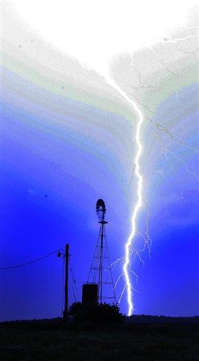 APTOPIX Kansas Storms