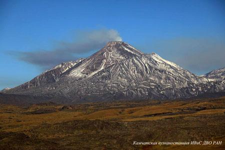 Fumarolic activity of Bezymianny volcano on September 03-2009