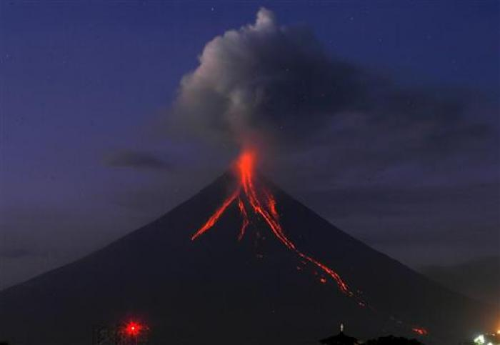 mayon-volcano-reuters.jpg
