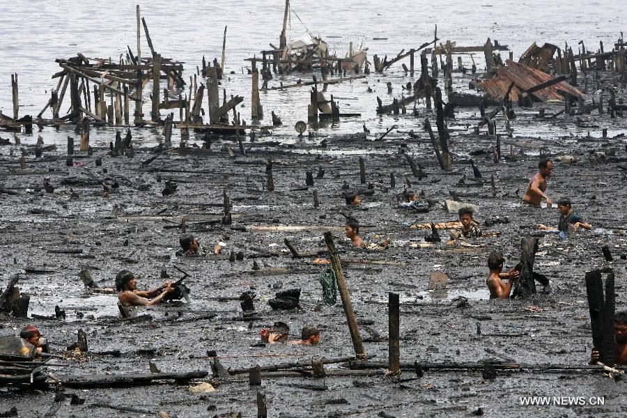manila-fire-131583964_11n - Goodbye Isla Puting Bato in Tondo Manila - Philippine Photo Gallery