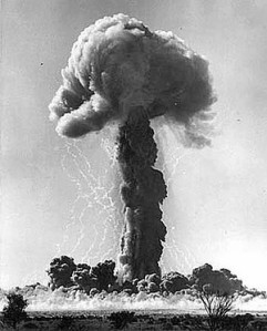Maralinga-atomic-test --Alan Batchelor