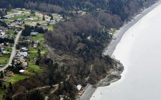 Puget Sound landslide - ap-ted warren
