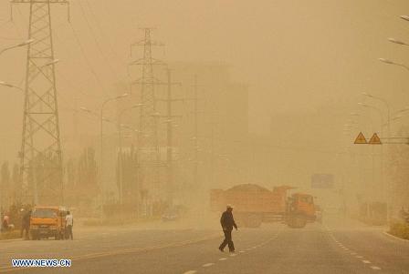 Sandstorm NW China 8jun2013