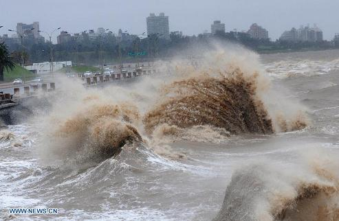 extra-tropical cyclone hits Uruguay