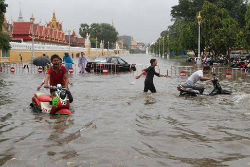flooding in Cambodia 2013