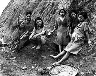 surviving comfort-women - flickr