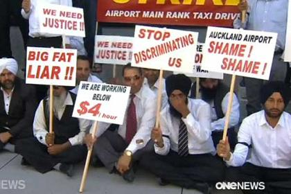 taxi drivers hunger strike in auckland