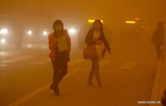 sandstorm  nw china 23apr14