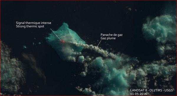 bristol island-volcano erupts in antarctica 2